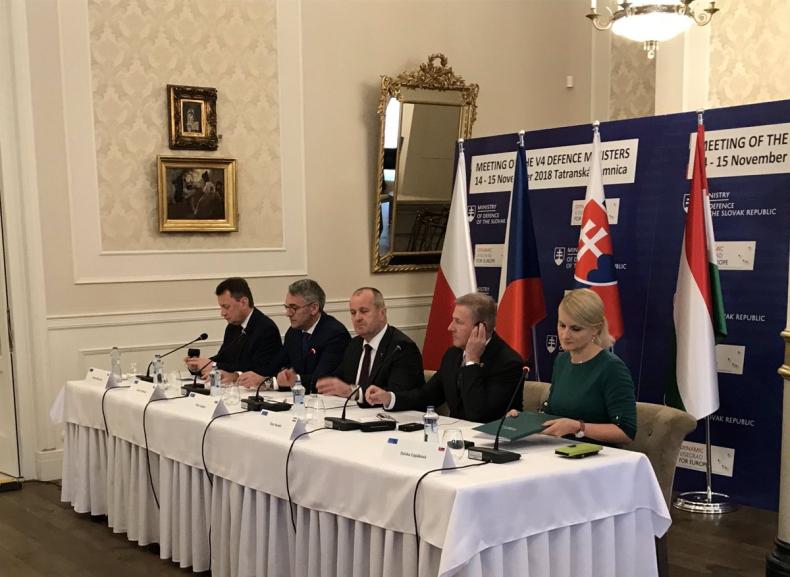 Słowacja: Chorwacja zaproszona do Grupy Bojowej V4 - GospodarkaMorska.pl