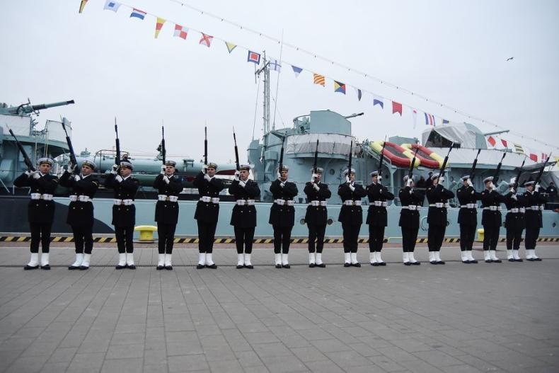 Gdynia: Obchody 100. rocznicy utworzenia Marynarki Wojennej - GospodarkaMorska.pl