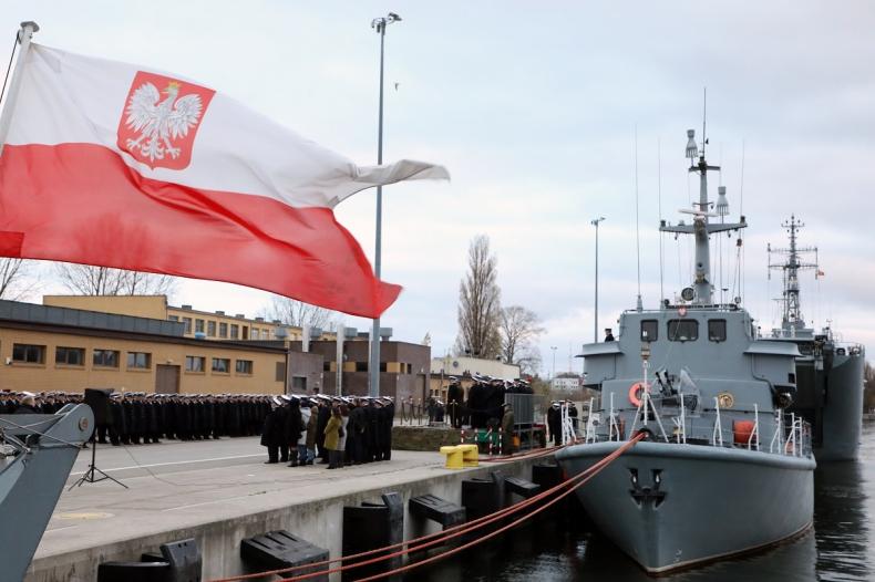 100. rocznica utworzenia Marynarki Wojennej w 8. Flotylli Obrony Wybrzeża - GospodarkaMorska.pl