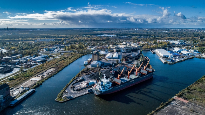 Świetny III kwartał w Bulk Cargo Port Szczecin - w przeładunkach króluje Nabrzeże Górnośląskie [foto, wideo] - GospodarkaMorska.pl