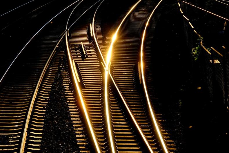 Finlandia: Rząd chce przyspieszyć budowę linii kolejowej Rail Baltica - GospodarkaMorska.pl