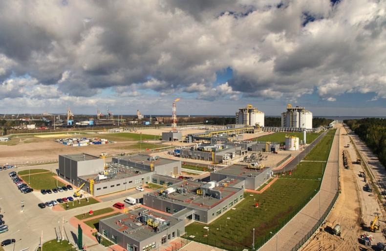 Naimski: do końca roku przetarg na rozbudowę terminalu LNG - GospodarkaMorska.pl
