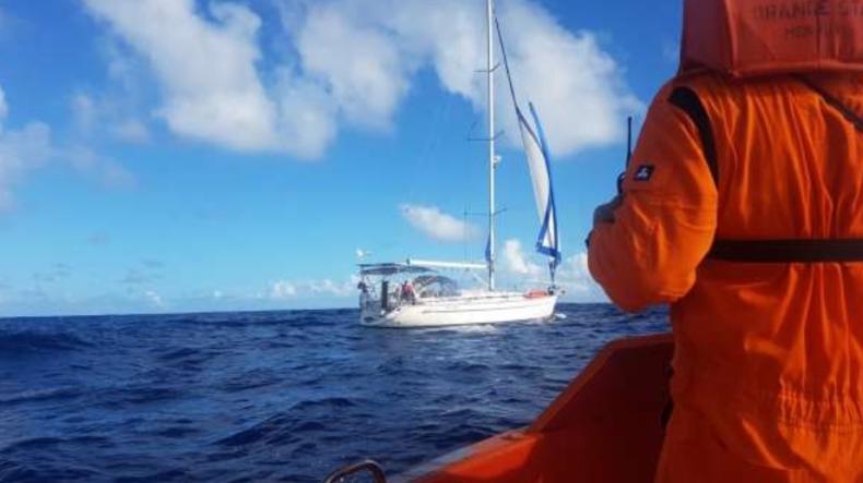 Polski żeglarz w listopadzie ubiegłego roku zaginął na Atlantyku. Jest raport PKBWM - GospodarkaMorska.pl