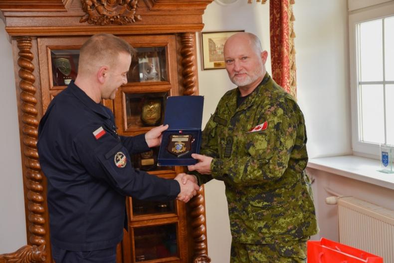 Wizyta attache obrony Kanady - GospodarkaMorska.pl