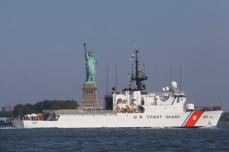 USA: Aresztowano oficera straży przybrzeżnej planującego atak terrorystyczny - GospodarkaMorska.pl