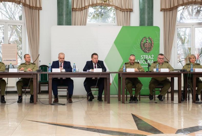 Wiceminister MSWiA: Polska Straż Graniczna wysoko oceniana w UE - GospodarkaMorska.pl