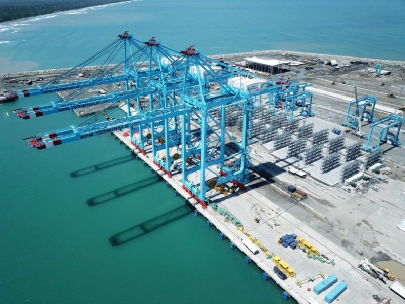 Nowy port kontenerowy na mapie Karaibów - GospodarkaMorska.pl