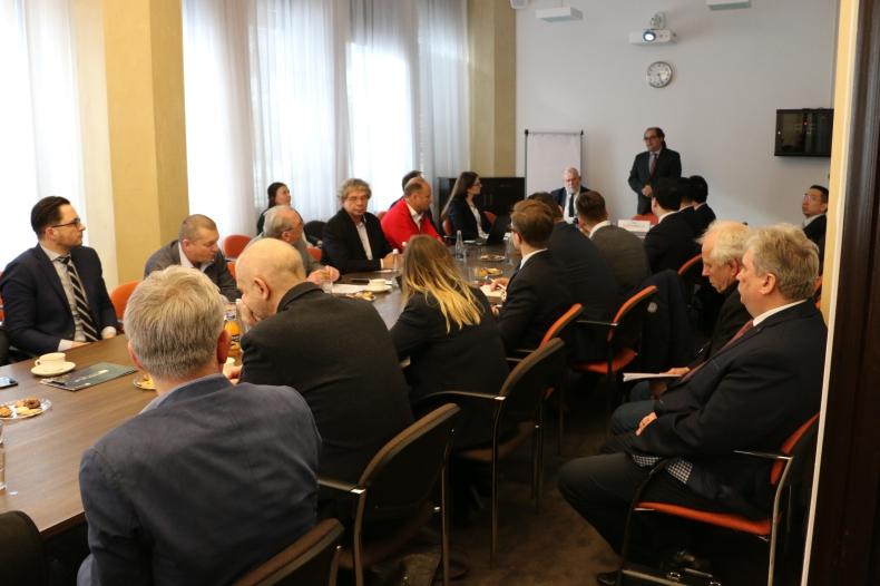 Na spotkaniu z udziałem ministra Gróbarczyka o polsko-chińskiej współpracy w temacie rybołówstwa - GospodarkaMorska.pl