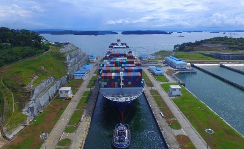 Kanał Panamski wsparł globalną inicjatywę obniżania śladu węglowego w żegludze - GospodarkaMorska.pl