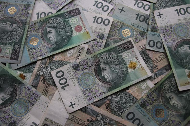 DZIEŃ NA FX/FI: Złoty może się osłabić; rentowności długu mogą pójść w dół - GospodarkaMorska.pl