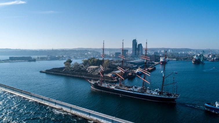 Rosja: Żaglowiec Siedow może kontynuować rejs bez zawijania do portów - GospodarkaMorska.pl