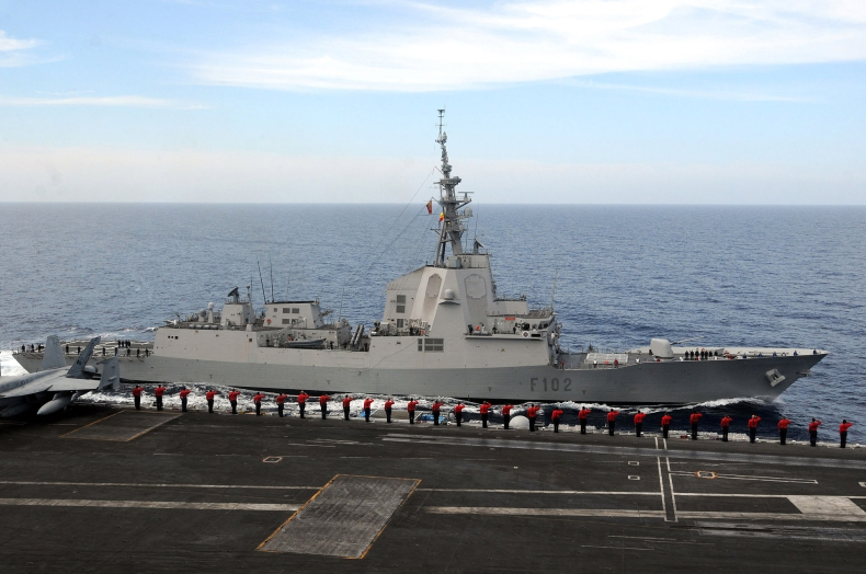 Sześć okrętów NATO wpłynie w piątek do Gdyni - GospodarkaMorska.pl