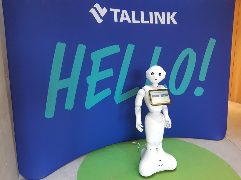 Interaktywny robot na pokładzie promu Megastar - GospodarkaMorska.pl