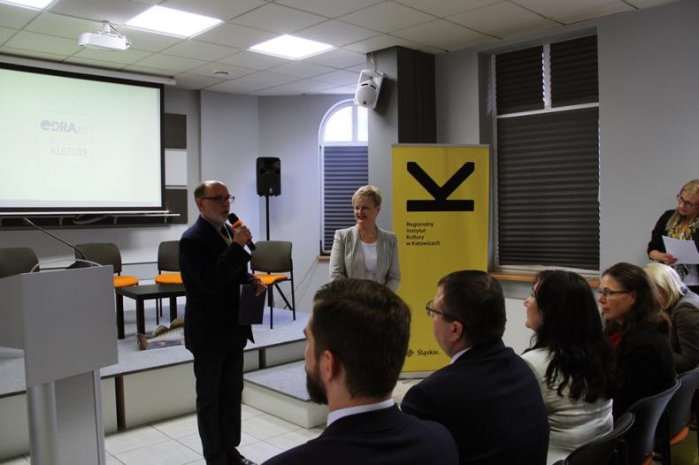 Katowice: Odbyła się konferencja poświęcona kulturowemu dziedzictwu Odry (foto) - GospodarkaMorska.pl