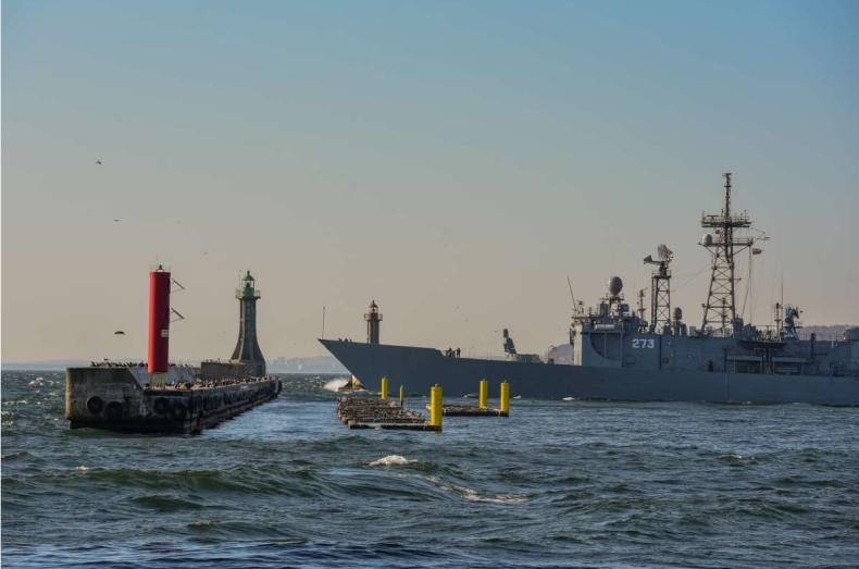 Ćwiczenia NATO i gdyńskiej Flotylli na poligonach morskich Morza Bałtyckiego - GospodarkaMorska.pl