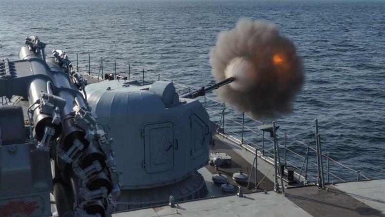 Okręty Sił Odpowiedzi NATO Grupa-1 oraz gdyńskiej Flotylli prowadzą wspólne ćwiczenia na poligonach morskich Bałtyku (foto) - GospodarkaMorska.pl