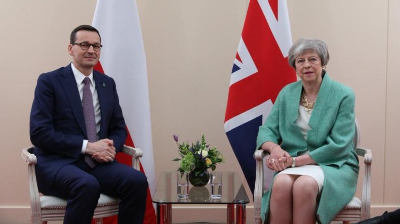 Wielka Brytania: Premier Morawiecki spotkał się z szefową brytyjskiego rządu - GospodarkaMorska.pl