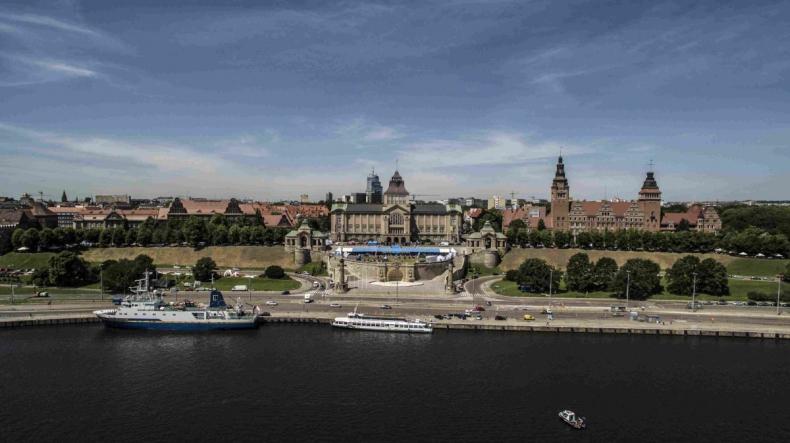 Radio Szczecin: Wielkie żaglowce nie zacumują przy Wałach Chrobrego podczas tegorocznych Dni Morza - GospodarkaMorska.pl