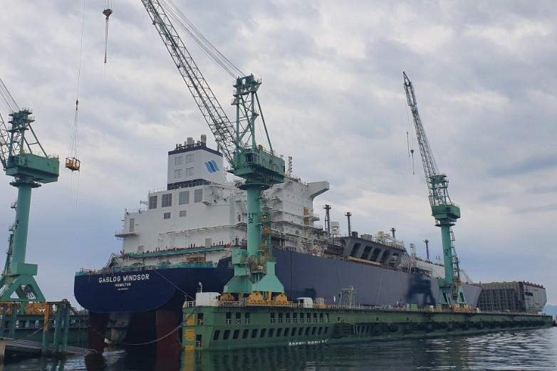 W stoczni Samsung Heavy zwodowano najnowszy gazowiec LNG dla GasLogu - GospodarkaMorska.pl