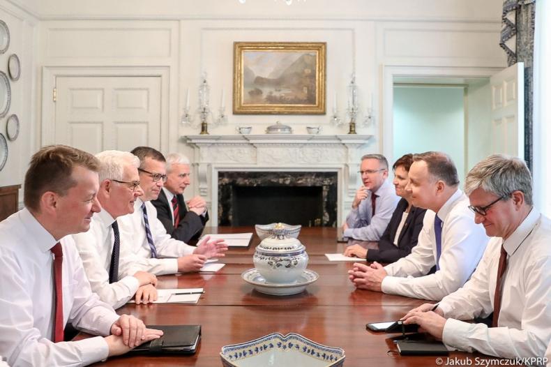 Prezydent podziękował osobom zaangażowanym w przygotowanie umów zawartych w USA - GospodarkaMorska.pl