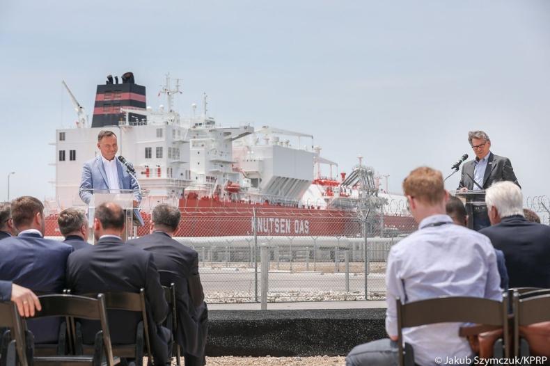USA: Duda i Perry o potrzebie dywersyfikacji dostaw źródeł gazu - GospodarkaMorska.pl