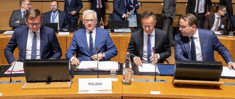 UE: Czaputowicz proponuje, by sankcje wobec Rosji przedłużano o rok - GospodarkaMorska.pl