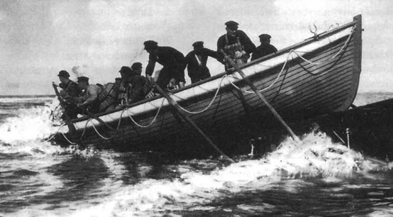 Jak przed stu laty ratowano żeglarzy? - GospodarkaMorska.pl