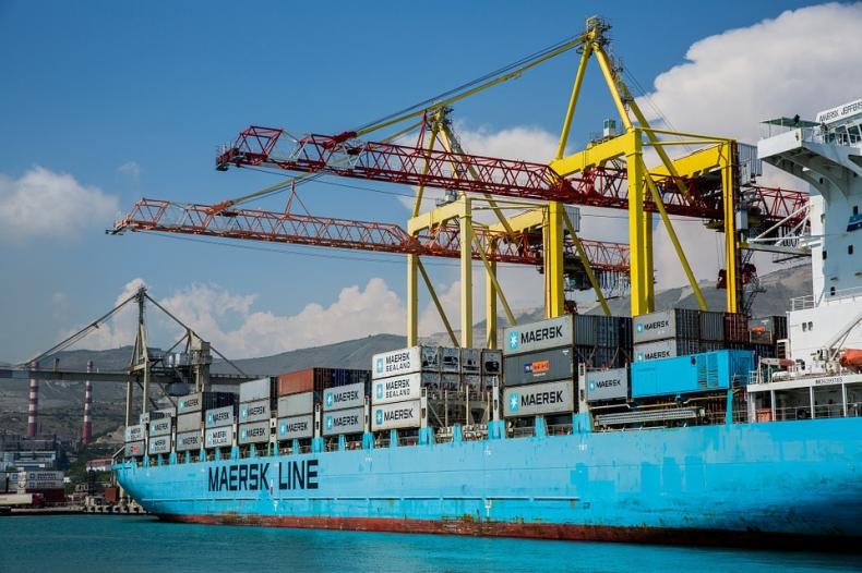 Dzięki nowej usłudze online Maersk chce walczyć z overbookingiem - GospodarkaMorska.pl