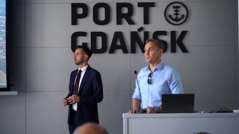 Niewielkie statki wycieczkowe szansą dla rozwoju turystyki w małych portach południowego Bałtyku. Seminarium międzynarodowego projektu JOHANN (foto, wideo) - GospodarkaMorska.pl