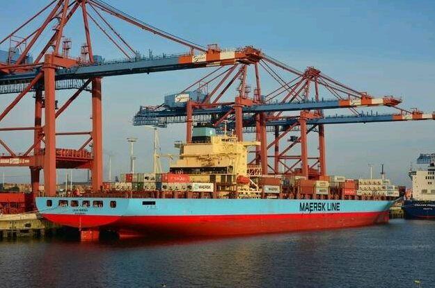 Hamburg Süd i Maersk wzmacniają swoją pozycję w Europie - GospodarkaMorska.pl