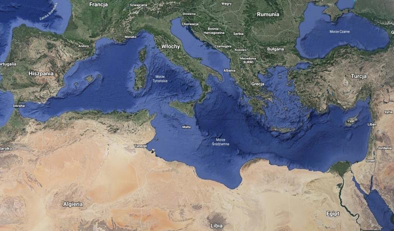 Włoska organizacja humanitarna uratowała u wybrzeża Libii 54 migrantów - GospodarkaMorska.pl