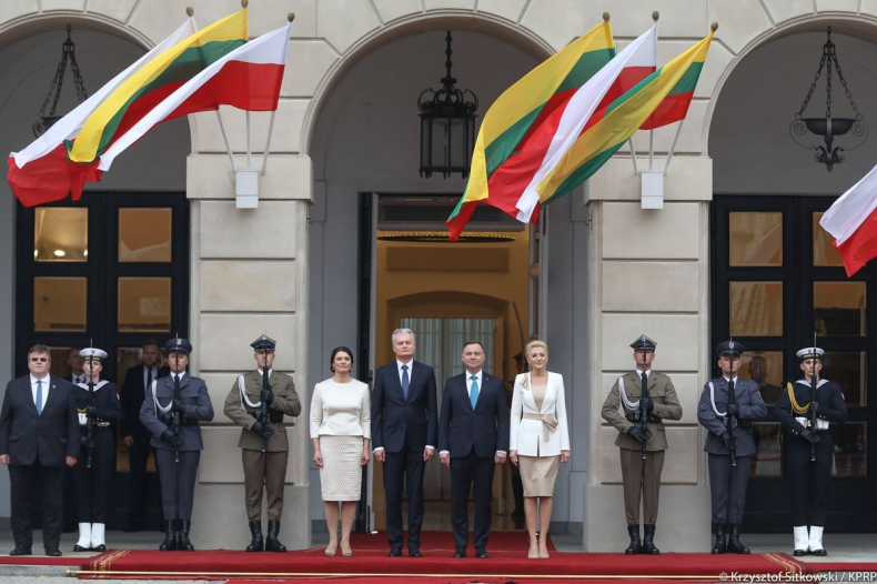 Prezydenci Polski i Litwy o współpracy w ramach państw Trójmorza - GospodarkaMorska.pl