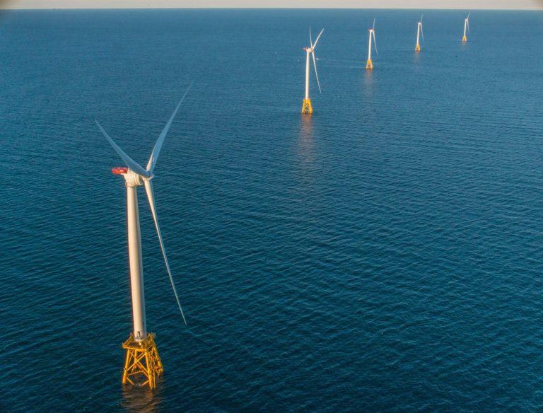 Stan Nowy Jork podpisał największe w historii USA umowy dotyczące morskiej energetyki wiatrowej - GospodarkaMorska.pl