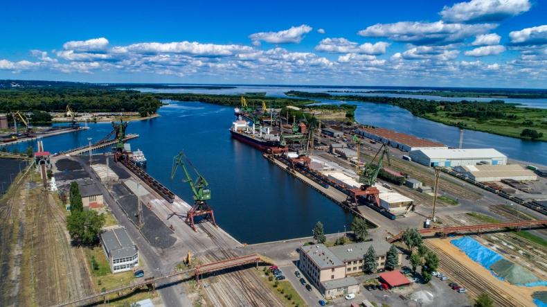 Bardzo dobre I półrocze w Bulk Cargo Port Szczecin [foto, wideo] - GospodarkaMorska.pl