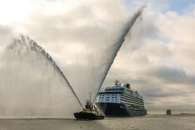 Najnowszy wycieczkowiec Saga Cruises po raz pierwszy zawinął do portu Southampton - GospodarkaMorska.pl