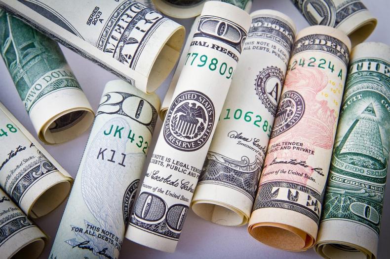 Ceny ropy w USA idą w górę wraz ze spadkiem zapasów i wzrostem napięć na Bliskim Wschodzie - GospodarkaMorska.pl