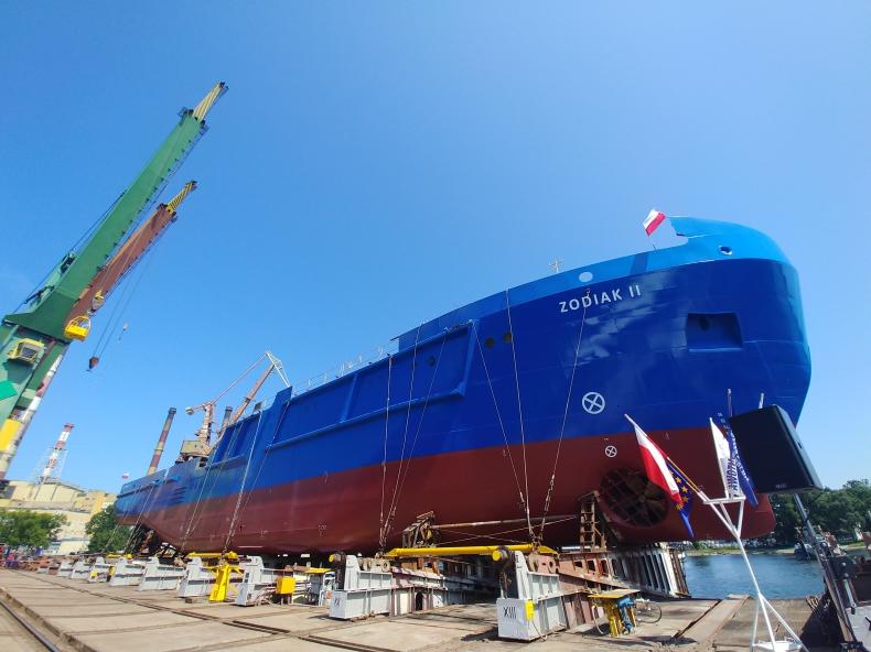W stoczni Remontowa Shipbuildng zwodowano pierwszy wielozadaniowy statek dla Urzędów Morskich (foto, wideo) - GospodarkaMorska.pl