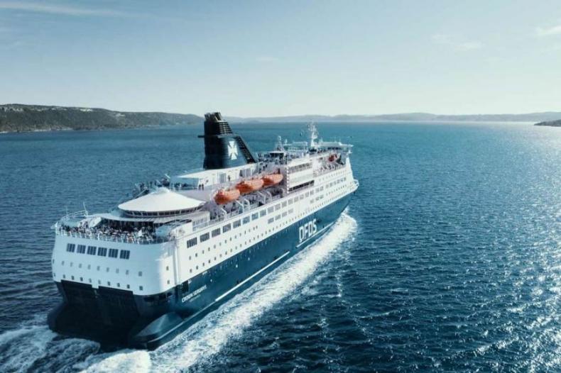 Prom Crown Seaways ma już 25 lat - GospodarkaMorska.pl