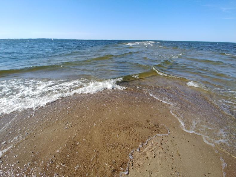 Nieczynne tylko dwa nadbałtyckie kąpieliska – w Rewie i Darłówku - GospodarkaMorska.pl
