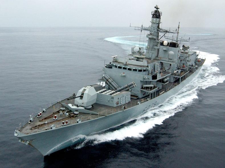 Brytyjczycy dołączą do amerykańskiej misji w Zatoce Perskiej - GospodarkaMorska.pl