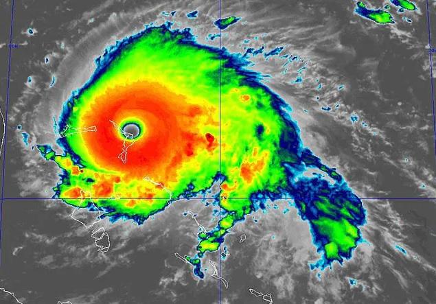 Pence: huragan Dorian osiągnął najwyższą - 5. kategorię; apeluję o ostrożność - GospodarkaMorska.pl