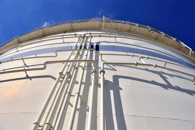 PERN ogłosił przetarg na budowę zbiorników w bazie paliw w Dębogórzu - GospodarkaMorska.pl