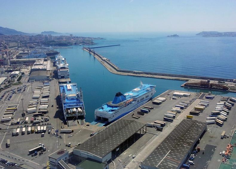 Marsylia chce do 2025 roku stać się pierwszym w pełni elektrycznym portem na Morzu Śródziemnym - GospodarkaMorska.pl