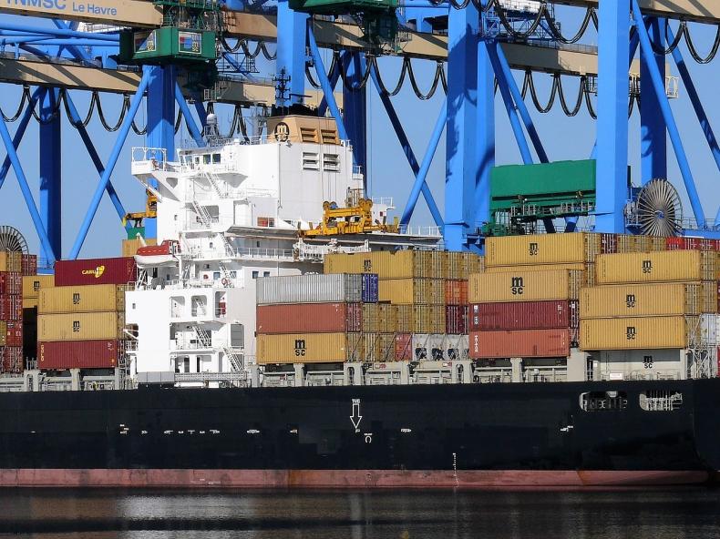 Merkel liczy na rozwiązanie sporu handlowego ChRL-USA - GospodarkaMorska.pl