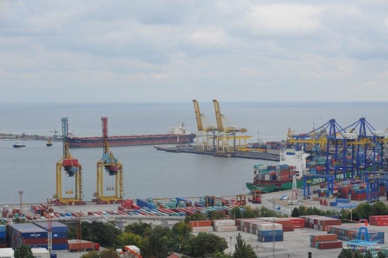 Ukraiński Port w Czarnomorsku z nowym terminalem zbożowym i dodatkowymi nabrzeżami - GospodarkaMorska.pl