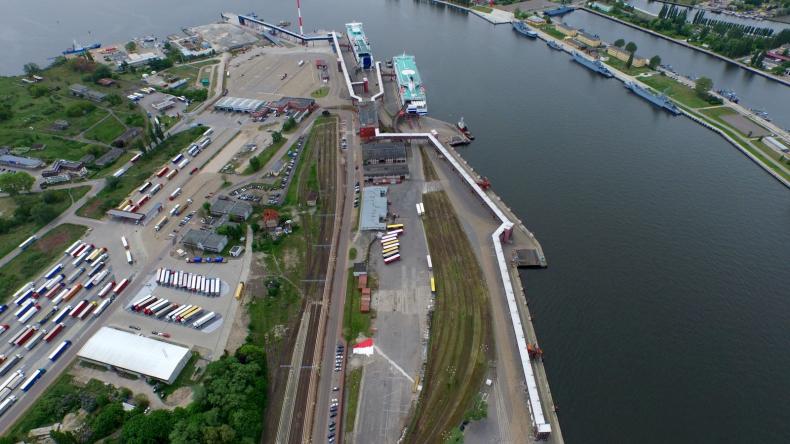 Świnoujście: Umowa na przystosowanie terminalu promowego do obsługi transportu intermodalnego - GospodarkaMorska.pl