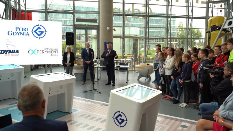 Port Gdynia uruchomił nowoczesne symulatory z okazji swoich 97. urodzin (foto, wideo) - GospodarkaMorska.pl