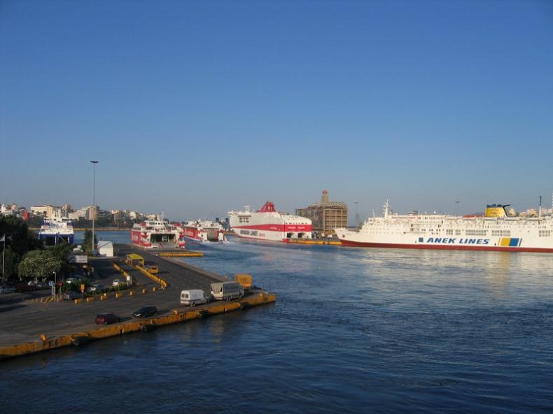 Grecja: Strajk pracowników transportu morskiego, publicznego i kolejowego - GospodarkaMorska.pl
