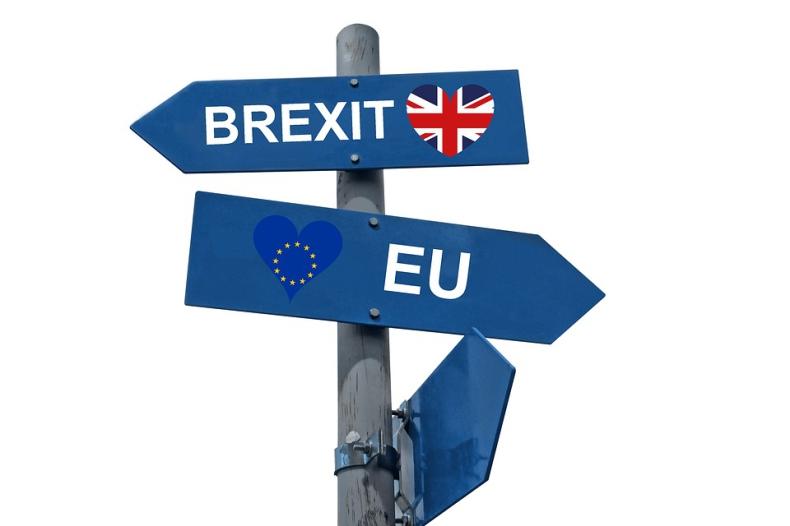 Szef Rady Europejskiej Donald Tusk skrytykował premiera Wielkiej Brytanii za brak jednoznacznego stanowiska w sprawie wyjścia jego kraju z UE - GospodarkaMorska.pl