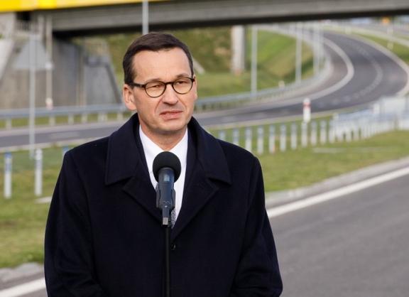 Morawiecki: chcemy obudzić w polskich firmach apetyt na międzynarodowe rynki - GospodarkaMorska.pl